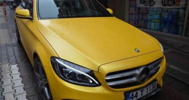 Ticari araçlara getirilen ÖTV muafiyetinin ardından bazı taksici esnafı araçlarını lüks markalardan seçmeye başladı.