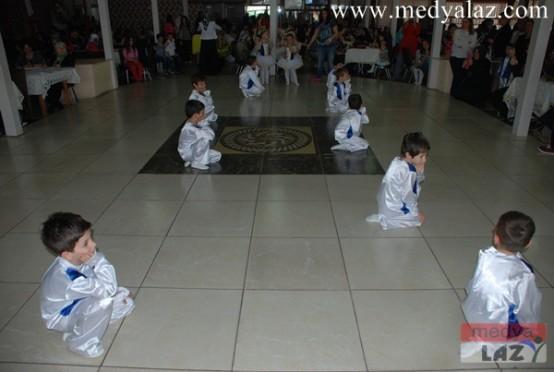 Mesut Karaoğlu Okulu Anneler Günü