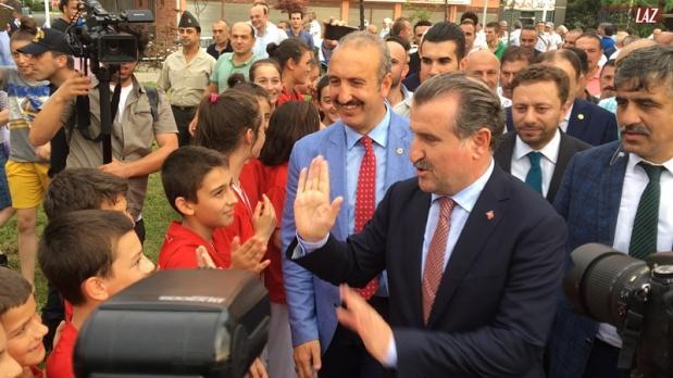 Gençlik ve Spor Bakanı Osman Aşkın Bak Ardeşen de