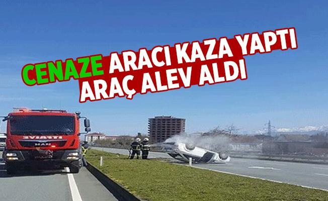 Hamidiye'de Trafik Kazası. Araç Alev Aldı...