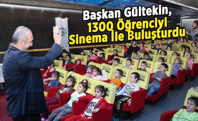 Başkan Gültekin, 1300 Öğrenciyi Sinema İle Buluşturdu